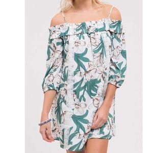Dresses & Skirts - Blu Pepper Cold Shoulder Dress